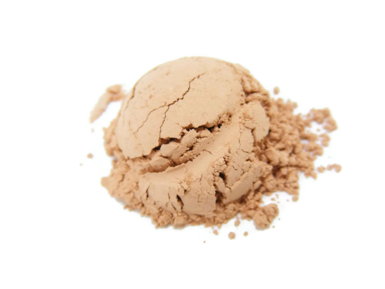 Mineral Foundation, Natural Makeup, Vegan Matte Foundation - Warm Beige - Medium
